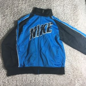 Nike Sweater Boys